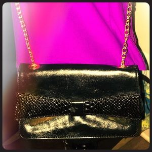 Handbags - Vintage Black back with Gold Bow Detail